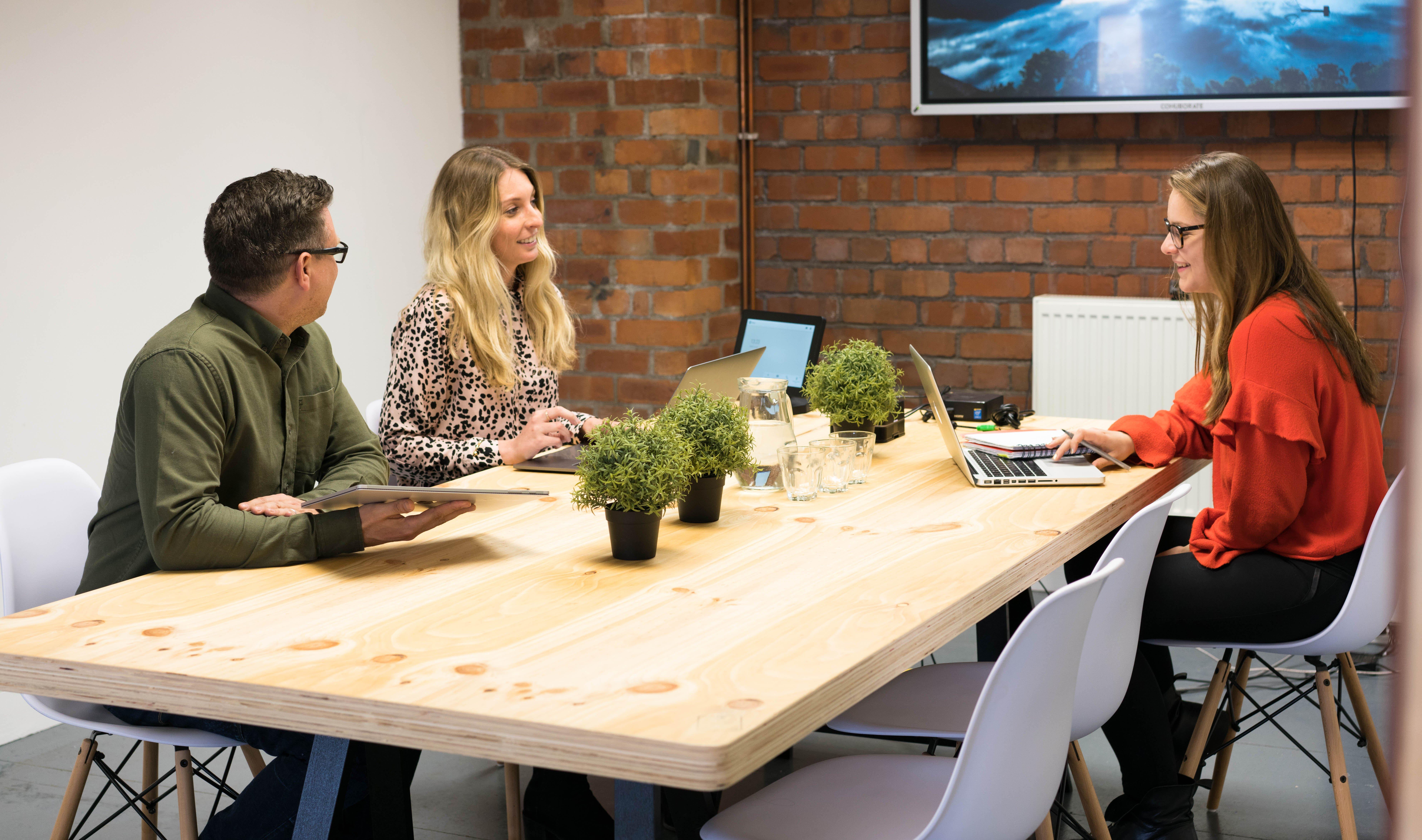 Nova free startup mentorship to an entrepreneur